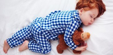 A good sleeping habit to get your toddler to sleep is to let them sleep with a stuffed animal if it brings them comfort.
